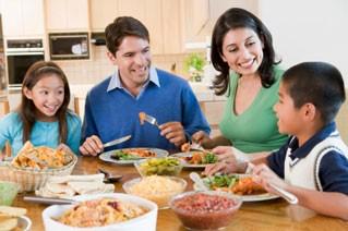 dinner-table-family-2